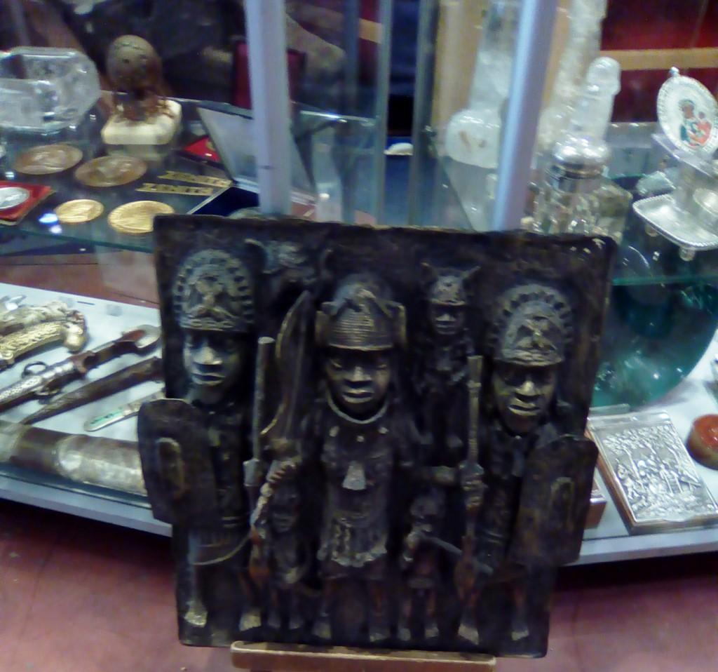 arte parma art fair mercante in fiera arte tribale bronzo