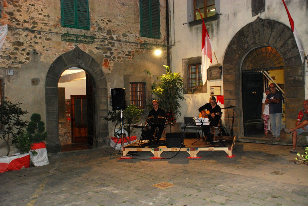Adrian Fioramonti e Massimiliano Pitocco Per Giorgio arte internazionale a Massa pt