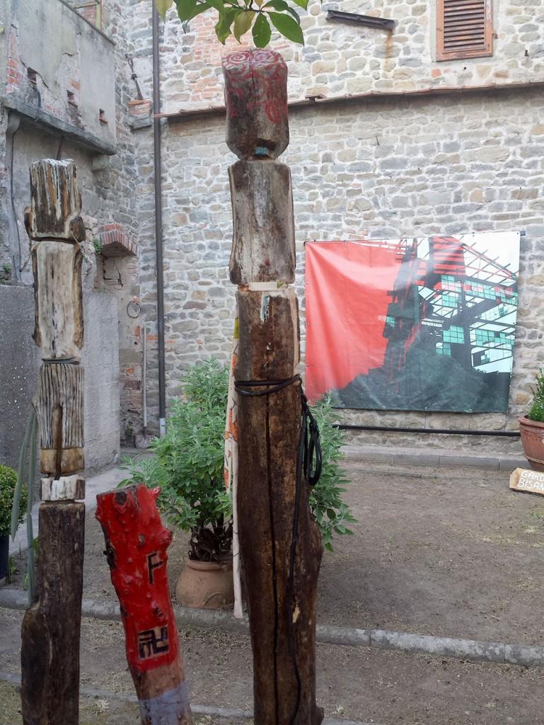 Filippo Biagioli e Angela Galli particolare Per Giorgio arte internazionale a Massa pt 1
