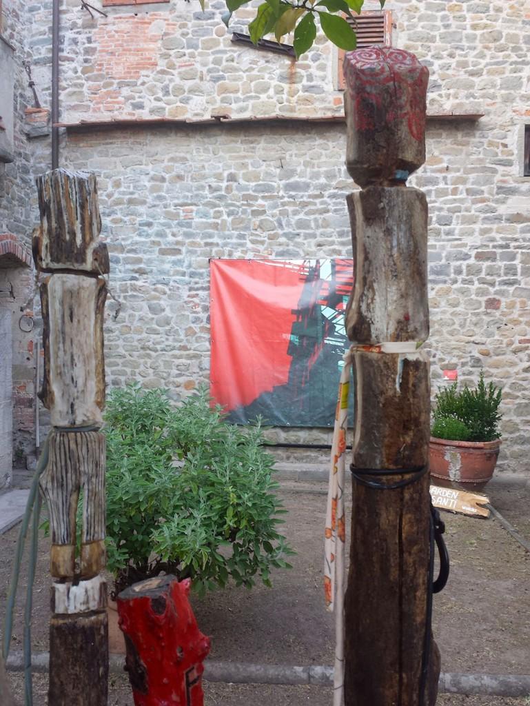 Filippo Biagioli e Angela Galli particolare Per Giorgio arte internazionale a Massa pt 5
