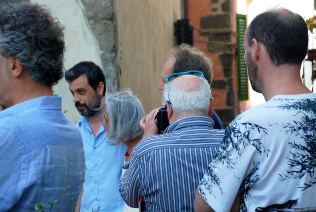 Organizzatori mimetizzati Per Giorgio arte internazionale a Massa pt