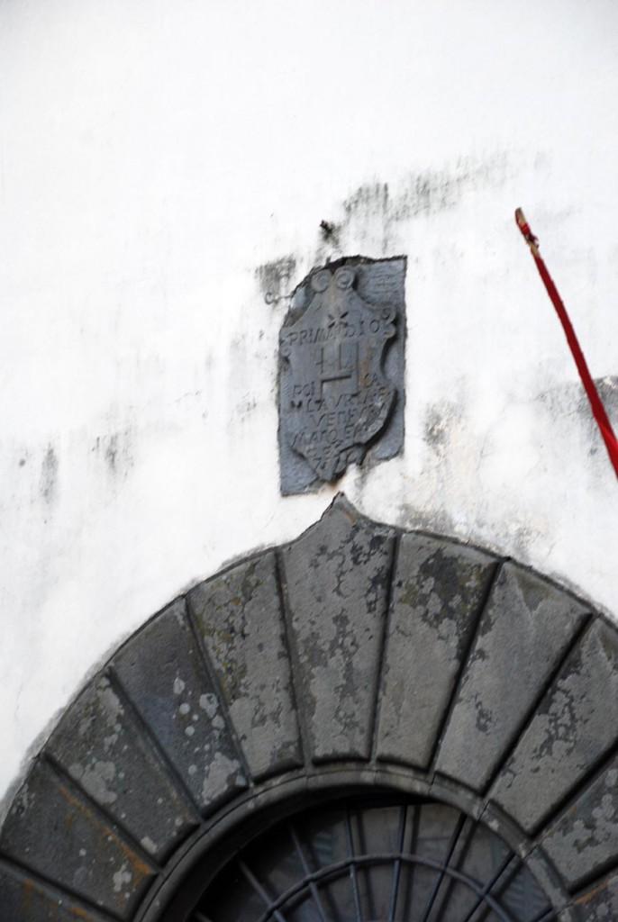 Stemma e pietra Per Giorgio arte internazionale a Massa pt
