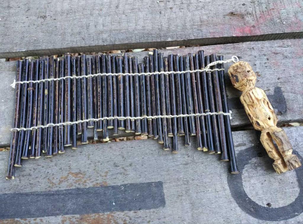 filippo biagioli libro rituale isaia in bamboo nero aperto ritual isaias bamboo nigra book european tribal ritual art