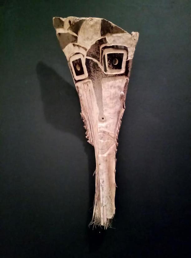 filippo biagioli maschera in legno di palma mediterranea mostra onzo 6