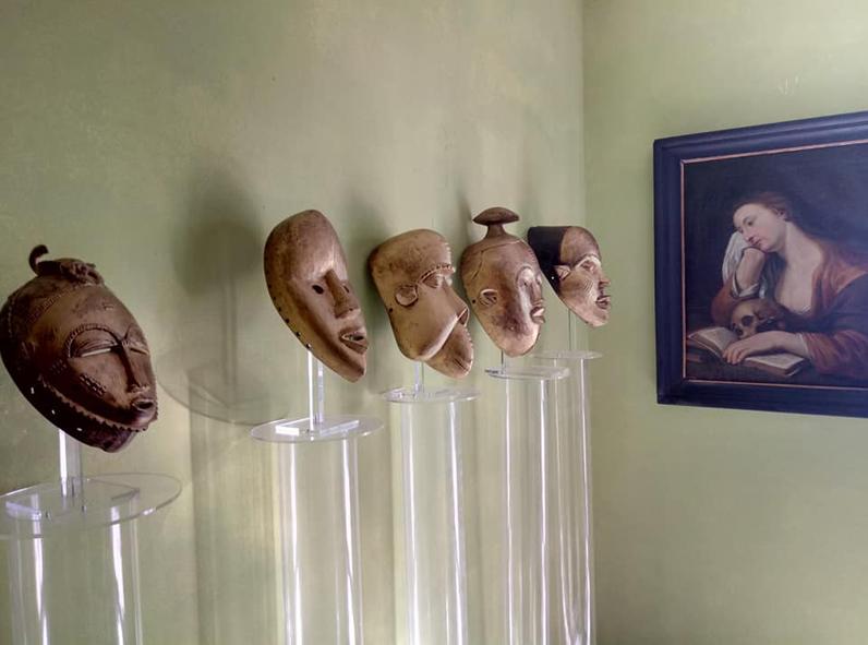 maschere oro giuliano arnaldi mostra onzo
