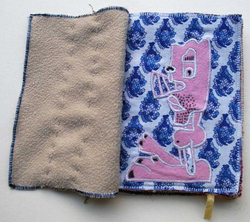 filippo biagioli libro stoffa fatto a mano handmade fabric book alien