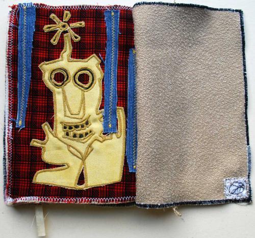 filippo biagioli libro stoffa fatto a mano handmade fabric book alien 3