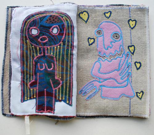 filippo biagioli libro stoffa fatto a mano handmade fabric book aliens